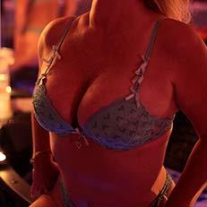 nyky sexy masseuse 75012
